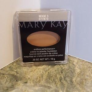 Mary Kay Foundation nwt